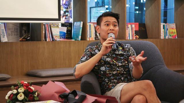 Nhà văn Trang Hạ: Có một thực tế là người Việt rất cuồng trai Tây - Ảnh 2.