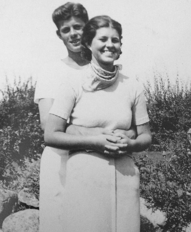 Cuộc đời của em gái cựu Tổng thống Mỹ: Từ lúc chào đời đã không bình thường, về sau rơi vào cảnh tật nguyền, bị cả gia đình phủ nhận - Ảnh 2.