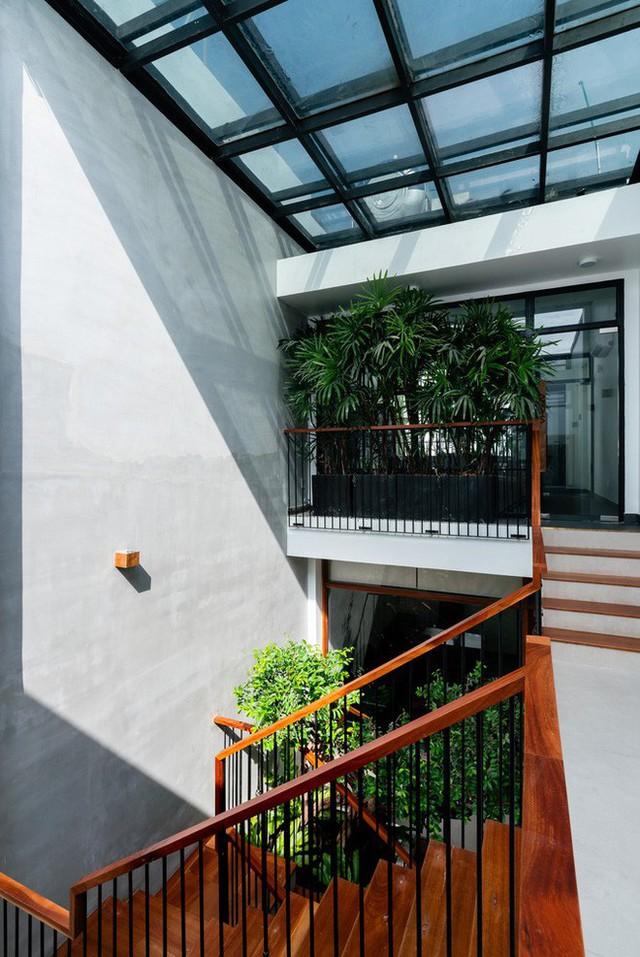 Không cần đập đi xây lại, căn nhà 5 người ở vẫn trở thành tòa văn phòng hạng sang - Ảnh 7.