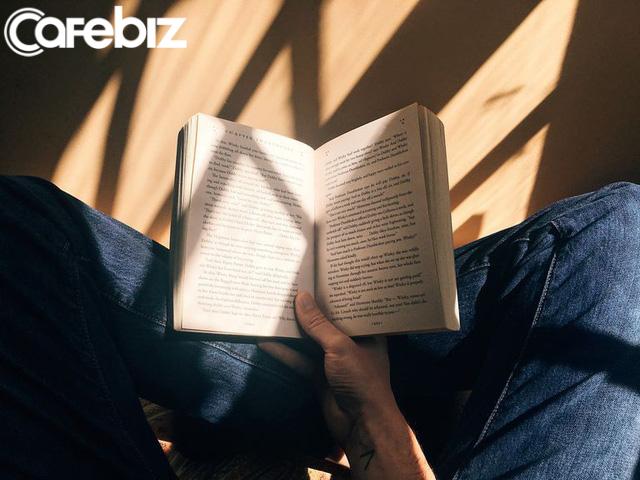 Thống kê cho thấy 99% những người đọc sách self-help thất bại: 3 lý do tại sao những người đọc sách self-help không thể thành công - Ảnh 2.