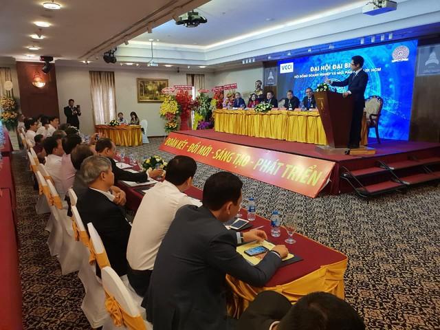 TS Vũ Tiến Lộc : Nhiều học giả phòng giấy dự báo chủ quan về cơ hội của Việt Nam khi xảy ra chiến tranh thương mại và kết quả được chứng minh ngược lại sau một năm - Ảnh 1.