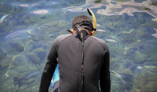 """những ngôi làng nghèo bậc nhất indonesia - photo 1 1565064884302410002144 - Dân du lịch Indonesia đổ xô đến """"sống ảo"""" dưới nước tại ngôi làng có một không hai này"""