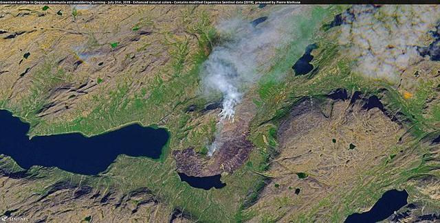 Bức ảnh vệ tinh cho thấy tình trạng đáng lo ngại về những gì đang xảy ra với một trong những nơi lưu trữ băng lớn nhất Trái Đất - Ảnh 2.