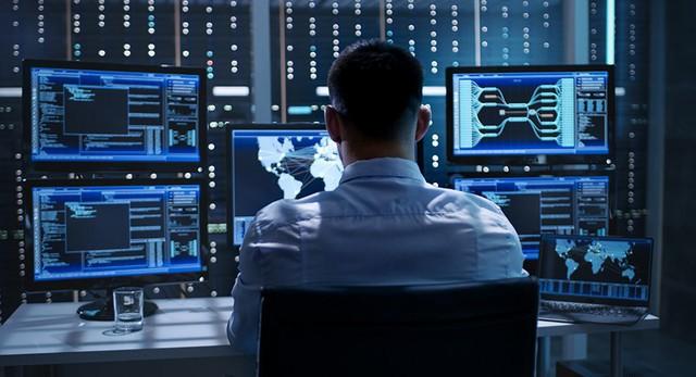 Lương tăng phi mã, doanh nghiệp vẫn đỏ mắt tìm chuyên gia an toàn thông tin - Ảnh 1.