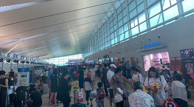 Mưa lớn kéo dài, Phú Quốc như trong cơn đại hồng thủy - Ảnh 1.