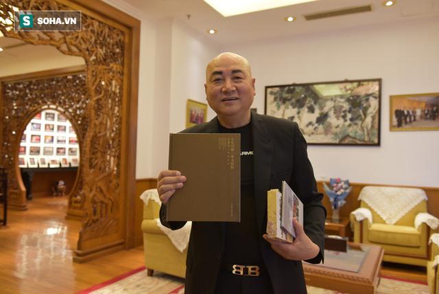 ĐỘC QUYỀN: Choáng ngợp tài sản khổng lồ và bảo tàng gỗ quý, lớn nhất Trung Quốc của Đường Tăng phim Tây Du Ký - Ảnh 6.