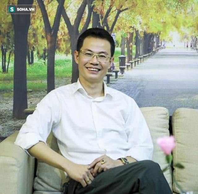 BS Nguyễn Lê 12 năm chiến đấu với ung thư gan: Tôi đã bán sức khoẻ… khi tỉnh ngộ đã muộn - Ảnh 1.
