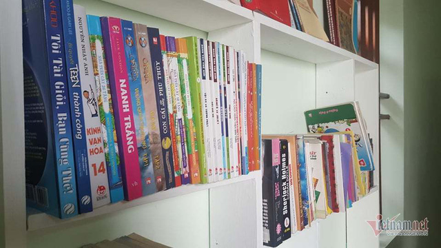 Ông chủ' 8 tuổi ngồi xe lăn sở hữu thư viện sách mini ở Hải Dương - Ảnh 5.