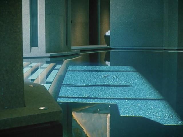 Đột nhập biệt thự 7 tầng dát vàng siêu sang dưới lòng đất - Ảnh 10.