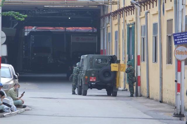 Bộ Tư lệnh Hóa học tiến hành tẩy độc Nhà máy Rạng Đông - Ảnh 8.