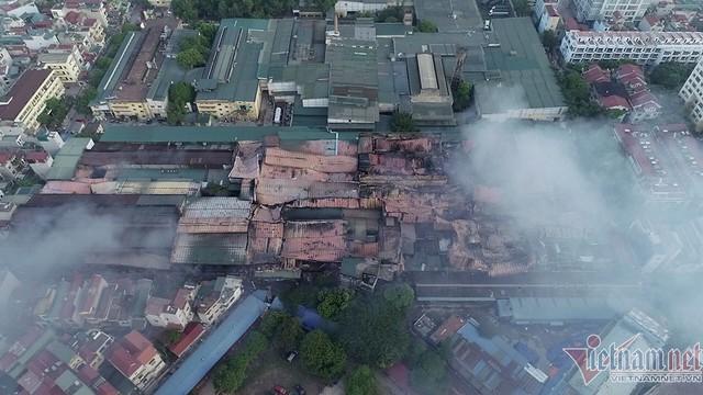 Cháy nhà máy Rạng Đông: Bất ngờ 'phát lộ' việc xin chuyển đổi đất không thành - Ảnh 1.