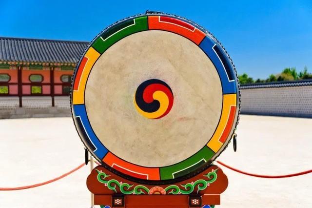Obangsaek: Triết lý ngũ hành với 5 màu may mắn chứa đựng ý nghĩa hay ho về cuộc sống của người Hàn Quốc, có mặt trong mọi ngõ ngách, nhất là ẩm thực - Ảnh 2.