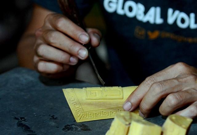 Câu chuyện cô gái bình thường startup Giày Xưa và điều phi thường hồi sinh những làng nghề truyền thống đang trên đường diệt vong tại Huế - Ảnh 4.