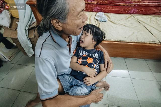 Chuyện nữ bác sĩ 53 tuổi sinh đôi 2 bé gái ở Hà Nội: Tôi có được con là tốt lắm rồi, không có chúng đời tôi còn khổ hơn nữa - Ảnh 13.