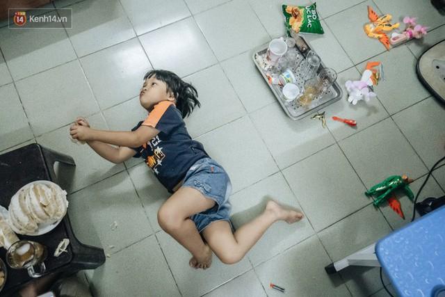 Chuyện nữ bác sĩ 53 tuổi sinh đôi 2 bé gái ở Hà Nội: Tôi có được con là tốt lắm rồi, không có chúng đời tôi còn khổ hơn nữa - Ảnh 7.