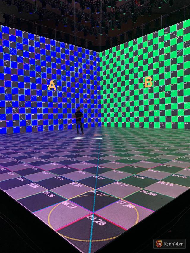 Lộ ảnh sân khấu ra mắt MXH Lotus trước giờ G: Màn hình khủng mãn nhãn, công nghệ hiệu ứng 3D hoành tráng - Ảnh 10.