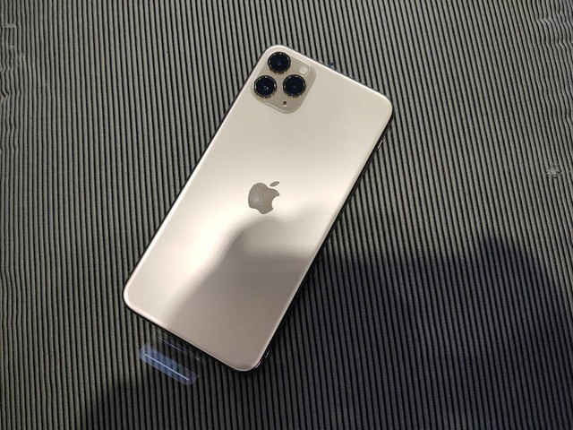 iPhone11 Pro Max bất ngờ xuất hiện tại Việt Nam - Ảnh 1.