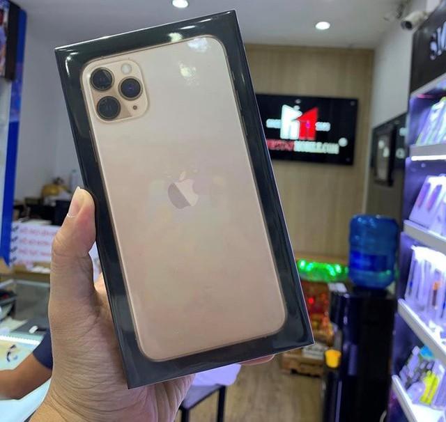 iPhone11 Pro Max bất ngờ xuất hiện tại Việt Nam - Ảnh 3.