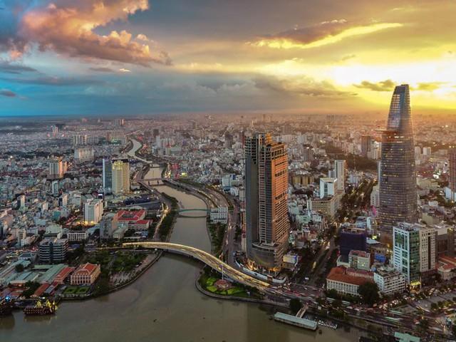 Việt Nam vượt Singapore, Malaysia trong top 20 nền kinh tế tốt nhất để đầu tư - Ảnh 8.