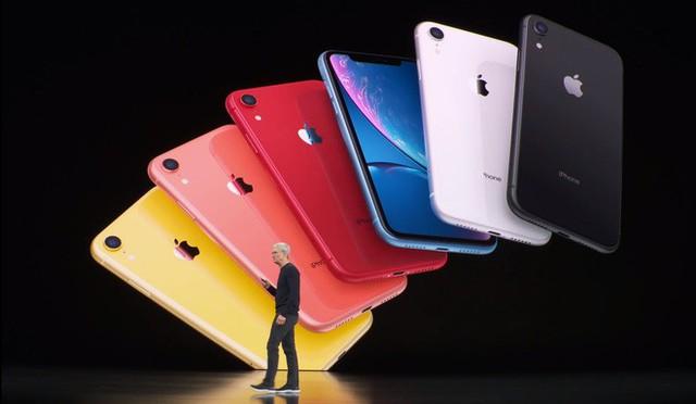 Cuối cùng, Tim Cook cũng đã giải quyết được bài toán giá hời của iPhone.... - Ảnh 3.