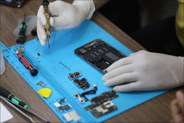 Tháo tung iPhone 11 Pro Max tại Việt Nam dù chưa mở bán - Ảnh 8.