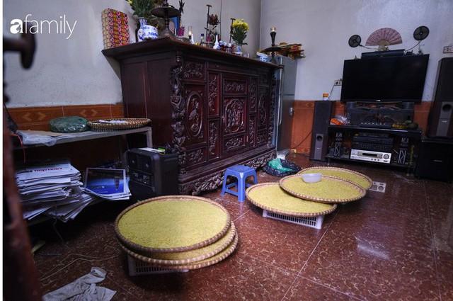 Giá thành cạnh tranh nhất thị trường lại sản xuất theo phương pháp truyền thống, cốm Làng Vòng năm nay tiếp tục giữ chân người tiêu dùng Việt - Ảnh 10.