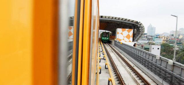 Tàu metro Nhổn - Ga Hà Nội chạy trung bình 35km/h nhưng đây là lý do bạn không thể phàn nàn tại sao nó chậm thế - Ảnh 2.