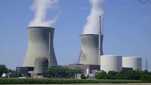 Than hết nước cạn, Việt Nam lại phải tính điện hạt nhân - Ảnh 2.