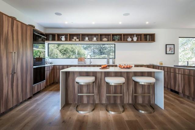Ngôi nhà hiện đại ở California ẩn mình giữa những cây sồi lớn khổng lồ nhờ vẻ ngoài mang tông màu đất - Ảnh 5.