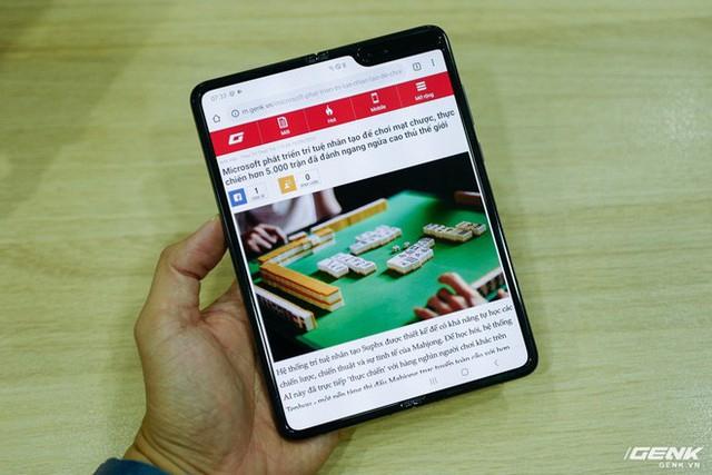 Quan tâm iPhone 11 làm gì, xem Galaxy Fold vừa mới về Việt Nam đây này! - Ảnh 11.