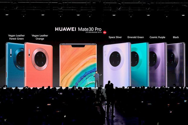 Chủ tịch Microsoft đang tìm cách giúp Huawei thoát khỏi lệnh cấm - Ảnh 2.