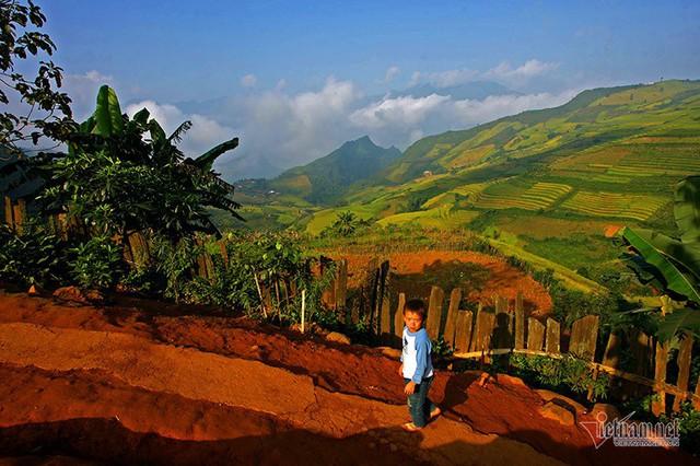 Cảnh sắc đẹp nhất thế giới mỗi năm 1 lần chỉ có ở Việt Nam - Ảnh 2.