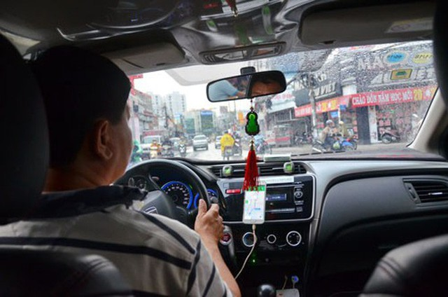 Vay mua xe chạy taxi công nghệ: Không dễ ăn - Ảnh 1.