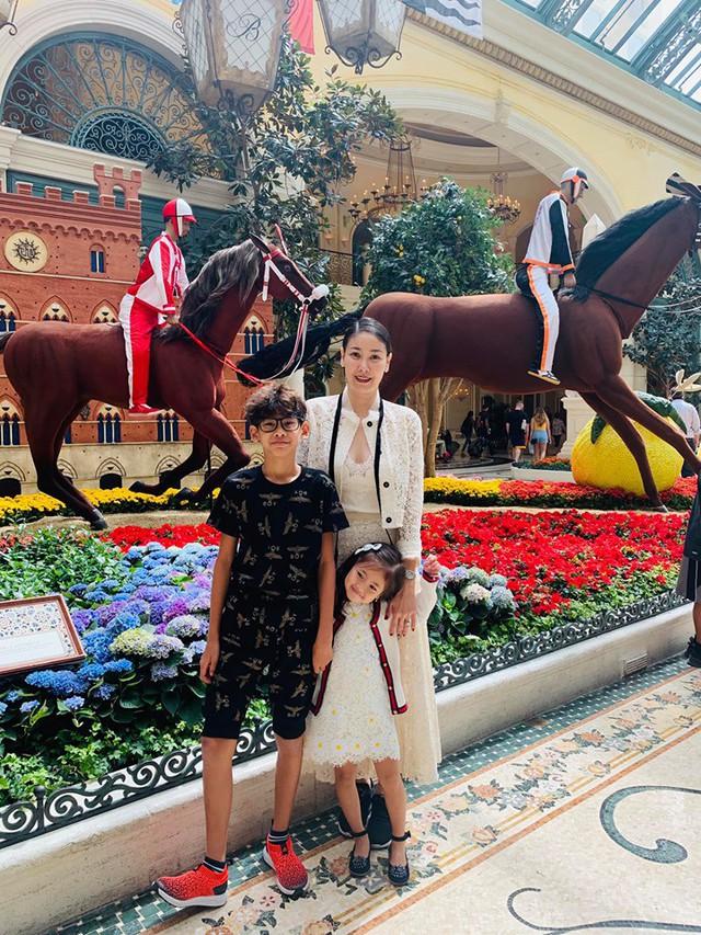 Hoa hậu có xuất thân khủng nhất Việt Nam: Cuộc đời long đong lận đận, trải qua sóng gió mới tìm thấy hạnh phúc - Ảnh 11.
