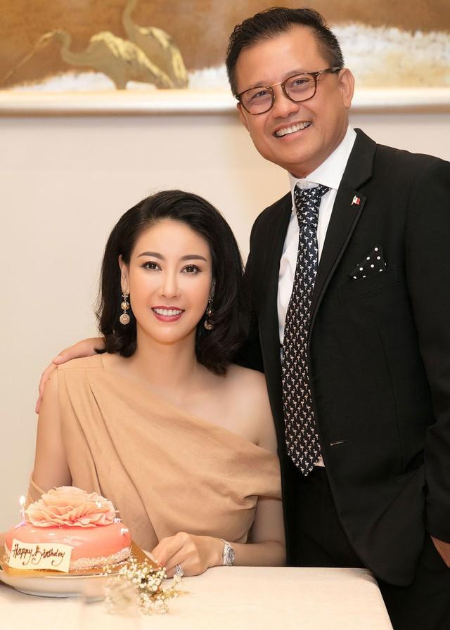 Hoa hậu có xuất thân khủng nhất Việt Nam: Cuộc đời long đong lận đận, trải qua sóng gió mới tìm thấy hạnh phúc - Ảnh 15.