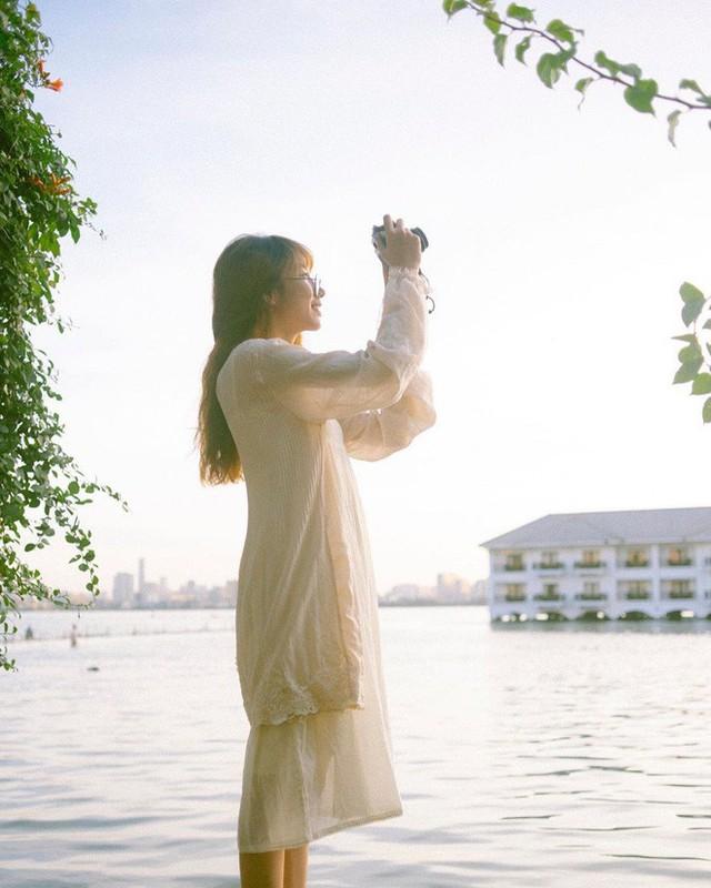 """4 địa điểm """"sống ảo"""" ở Hà Nội lên hình long lanh mà ngoài đời thì… hên xui, 2 nơi cuối còn nguy hiểm đến cả tài sản và tính mạng mà dân tình vẫn đổ xô tới - Ảnh 9."""