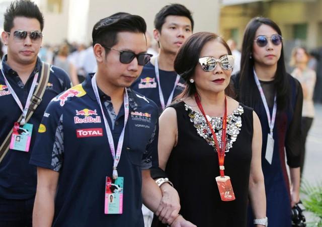 Gia tộc Red Bull: Ông nội từ tay trắng thành tỷ phú Thái Lan, cháu đích tôn sống xa xỉ, lái xe gây tai nạn chết người vẫn chưa đền tội - Ảnh 11.