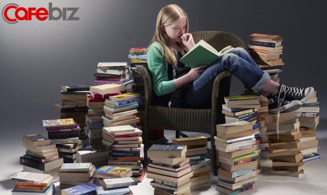 Đọc sách cần sáng suốt: Sách hay thành người tài; sách dở hại bản thân, hại luôn cả người khác - Ảnh 2.