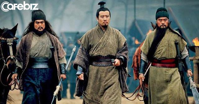 Hồi trẻ đọc Tam Quốc, sùng bái sự phóng khoáng của Tào Tháo, ngưỡng mộ tài trí của Khổng Minh, 20 năm sau xem lại Tam quốc, có một loại cảnh giới mang tên Lưu Bị - Ảnh 2.