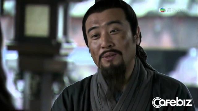 Hồi trẻ đọc Tam Quốc, sùng bái sự phóng khoáng của Tào Tháo, ngưỡng mộ tài trí của Khổng Minh, 20 năm sau xem lại Tam quốc, có một loại cảnh giới mang tên Lưu Bị - Ảnh 3.
