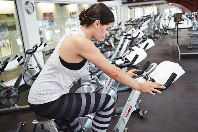 Chỉ cần tập thể dục theo cách này 1 phút cũng hiệu quả bằng 45 phút chạy bộ - Ảnh 1.