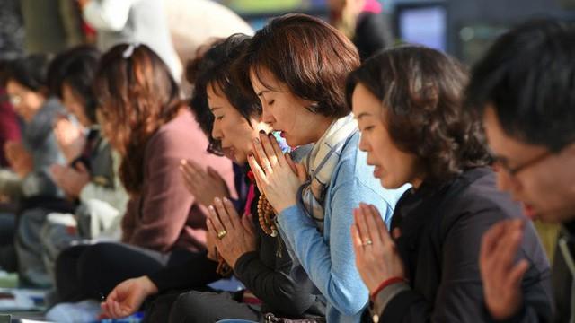 Đằng sau một Hàn Quốc phát triển là sự kỳ vọng của xã hội giết chết ước mơ của con người, tỷ lệ tự tử cao bậc nhất thế giới - Ảnh 4.