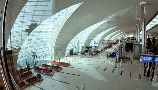 Chi tiết sân bay lớn nhất thế giới đóng cửa vô thời hạn vì cạn tiền - Ảnh 7.