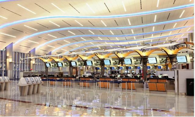 Bên trong sân bay Mỹ cạnh tranh trực tiếp với siêu sân bay mới của Trung Quốc - Ảnh 2.