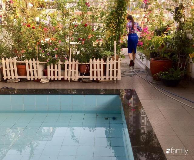 Khu vườn 30m² muôn hoa đua nở trên sân thượng của bà mẹ 3 con ở TP. HCM - Ảnh 26.