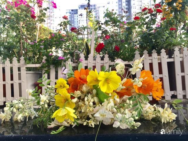 Khu vườn 30m² muôn hoa đua nở trên sân thượng của bà mẹ 3 con ở TP. HCM - Ảnh 30.