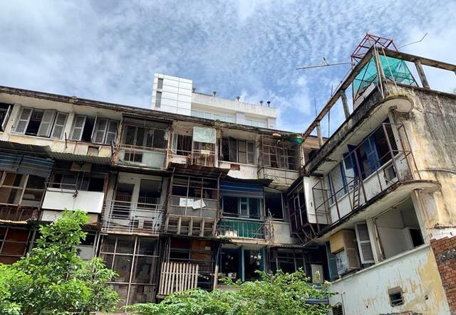 Điểm tên những chung cư cũ tại Tp.HCM xuống cấp nghiêm trọng, có nguy cơ sập bất kỳ lúc nào - Ảnh 3.