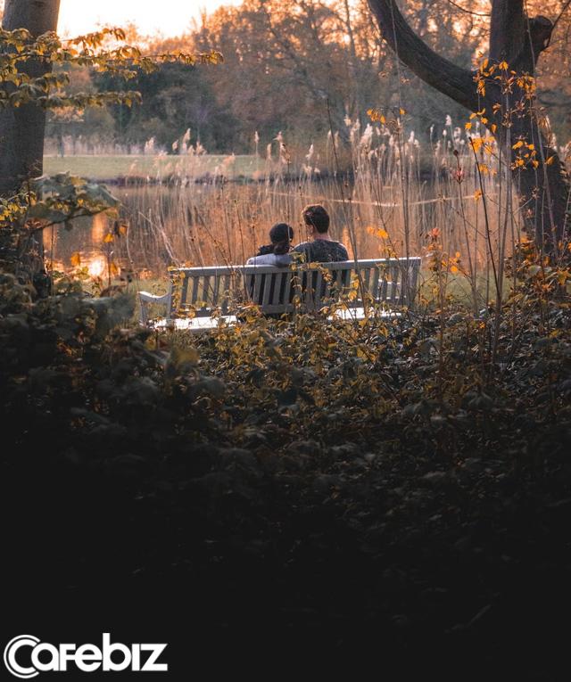 Vì sao yêu xa không bền vững? Muốn giữ tình yêu của đời mình, phụ nữ và đàn ông chớ bỏ qua bài viết này - Ảnh 1.
