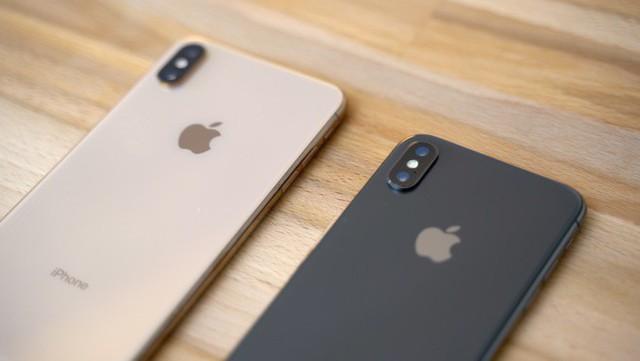 Với 3 mẫu iPhone 11 cho năm nay và iPhone SE 2 cho đầu năm sau, Apple có lẽ sắp khai tử chiến lược đầu bảng năm ngoái - Ảnh 2.