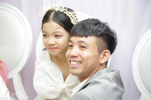 ĐỘC QUYỀN: Toàn cảnh lễ đưa dâu bằng dàn siêu xe hơn 100 tỷ của con gái đại gia Minh Nhựa, quà cưới toàn vàng, kim cương đeo đỏ tay - Ảnh 11.